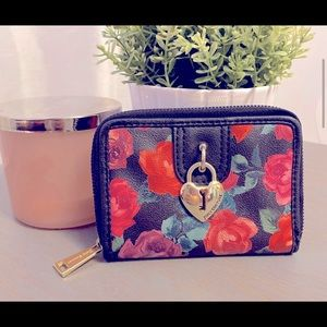 🔥HOT🔥 Juicy Couture Floral Wallet